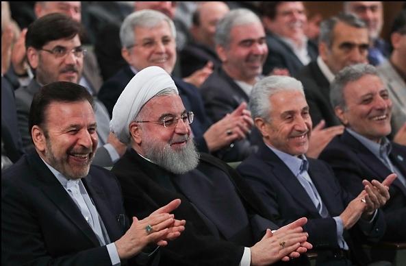 جامعه اسلامی دانشجویان دانشگاه تهران از رئیس جمهور برای پاسخگویی به سوالات دعوت کرد