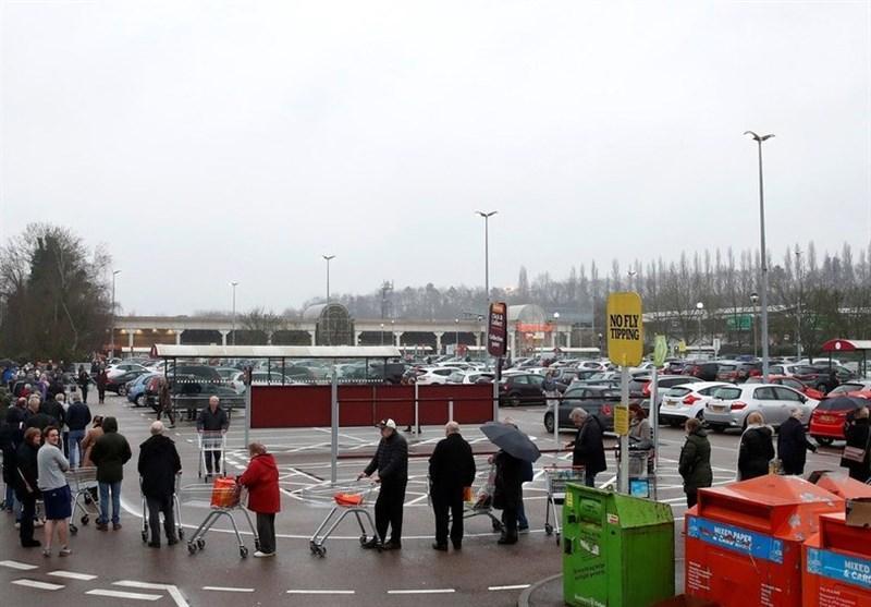 هجوم مشتریان وحشت زده از کرونا در انگلیس به سوپرمارکت ها