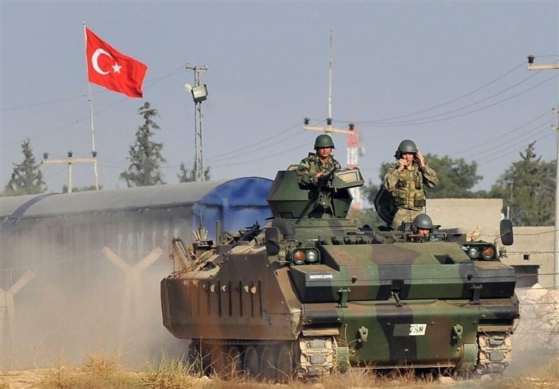 سوریه، حمله توپخانه ای ارتش ترکیه به شهرک عین عیسی در حومه الرقه