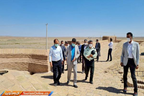 حریم اطراف کاروانسراهای تاریخی میامی آزادسازی گردد